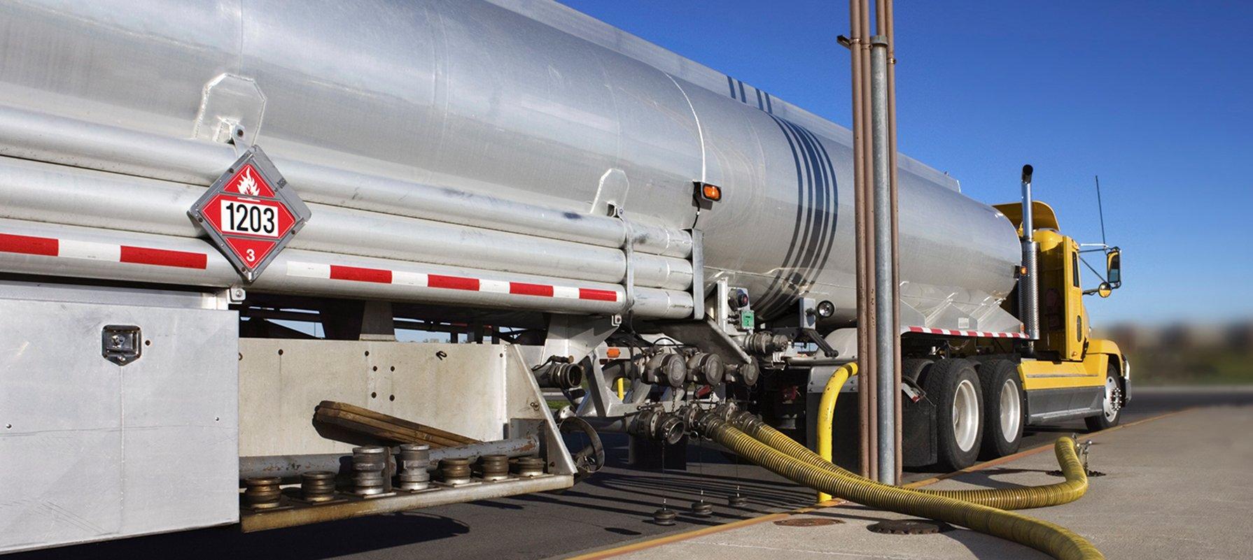 Gas Refueling Truck